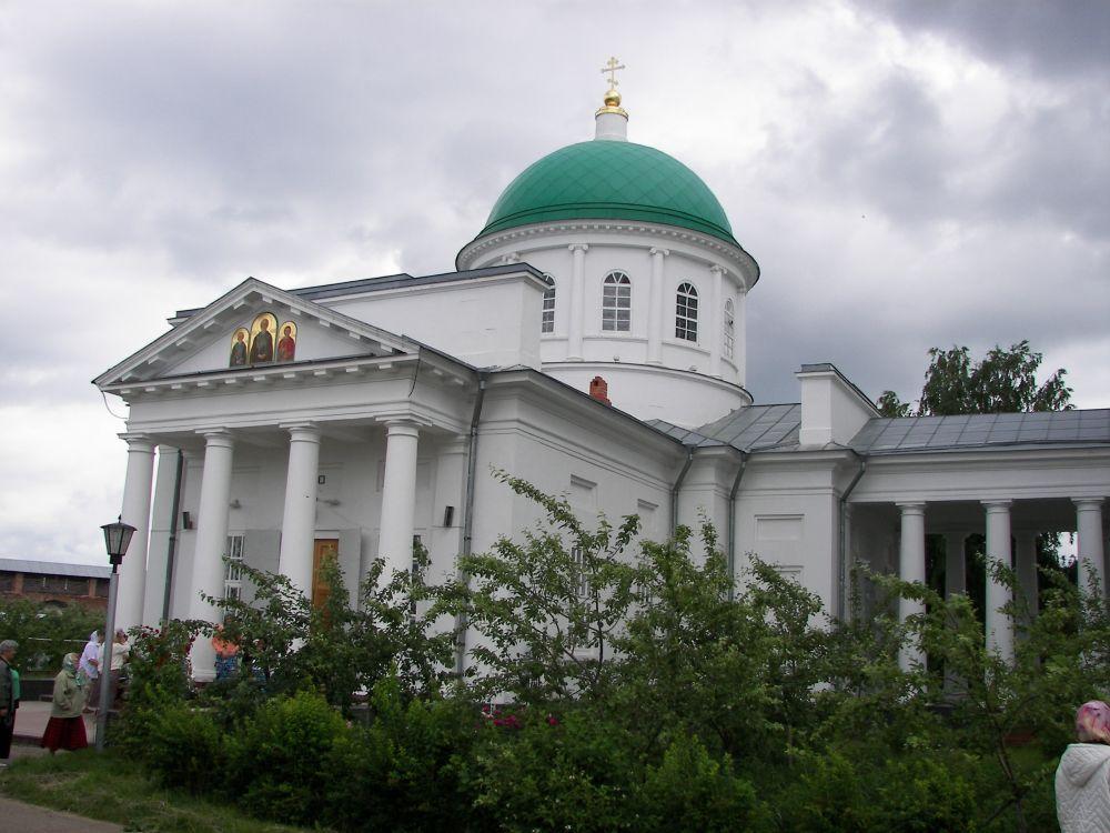 Троицкий собор представлял